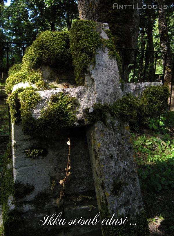 rist-usk-ikka-seisan-pea-vastu-raskused